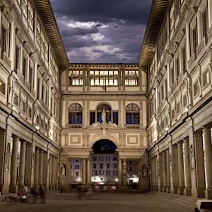 Cloudy Uffizi gallery by Night