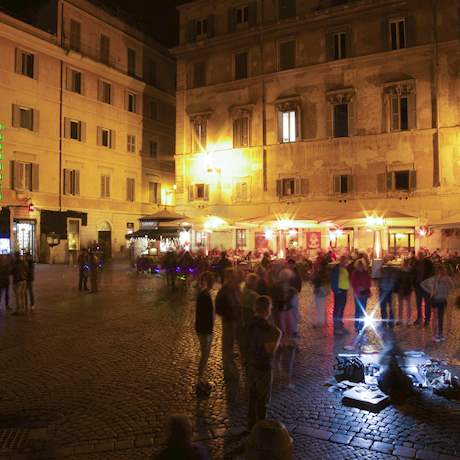 Trastevere square by Night