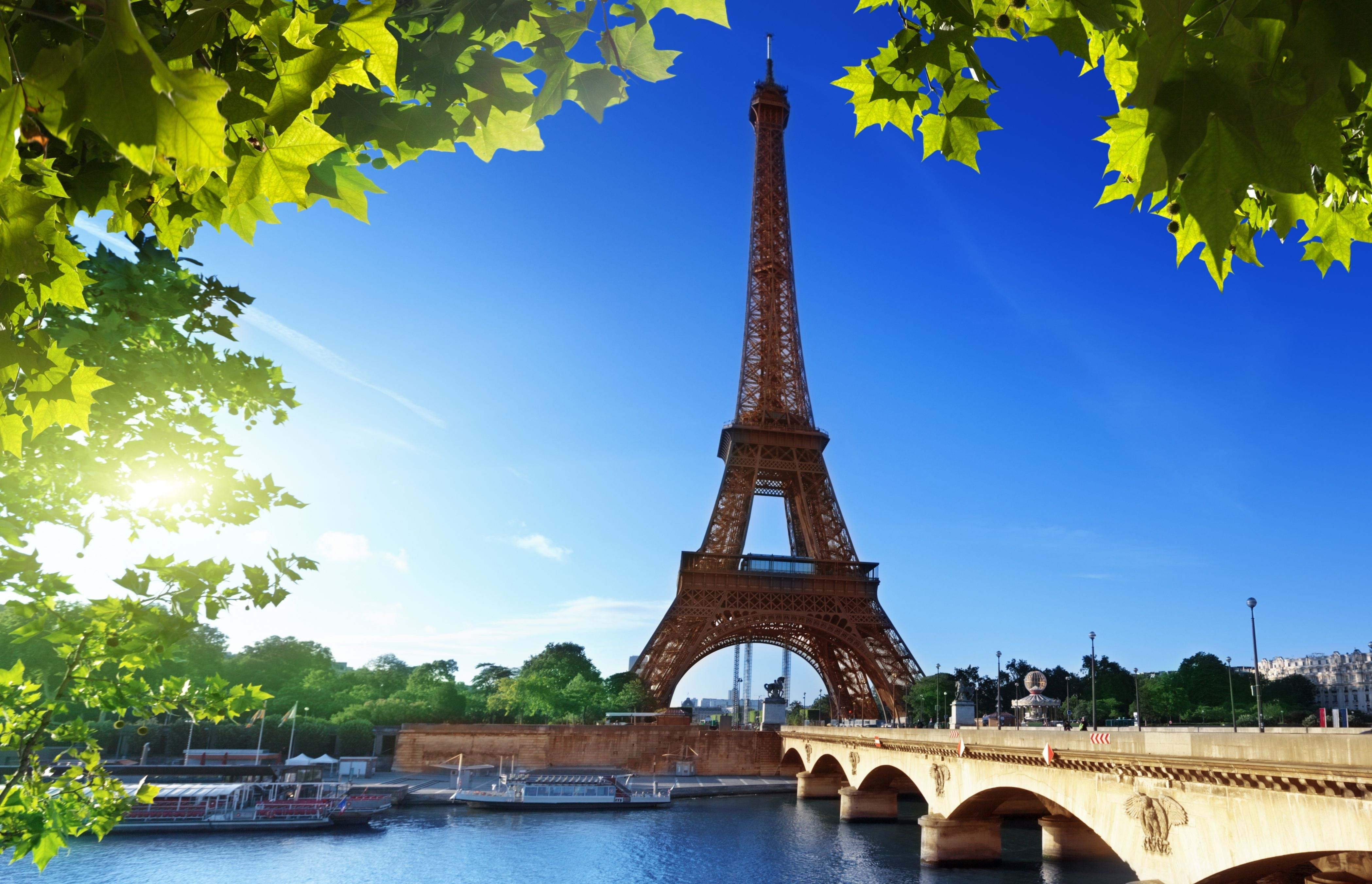 Skip the Line Guided Eiffel Tower Walking Tour - City Wonders
