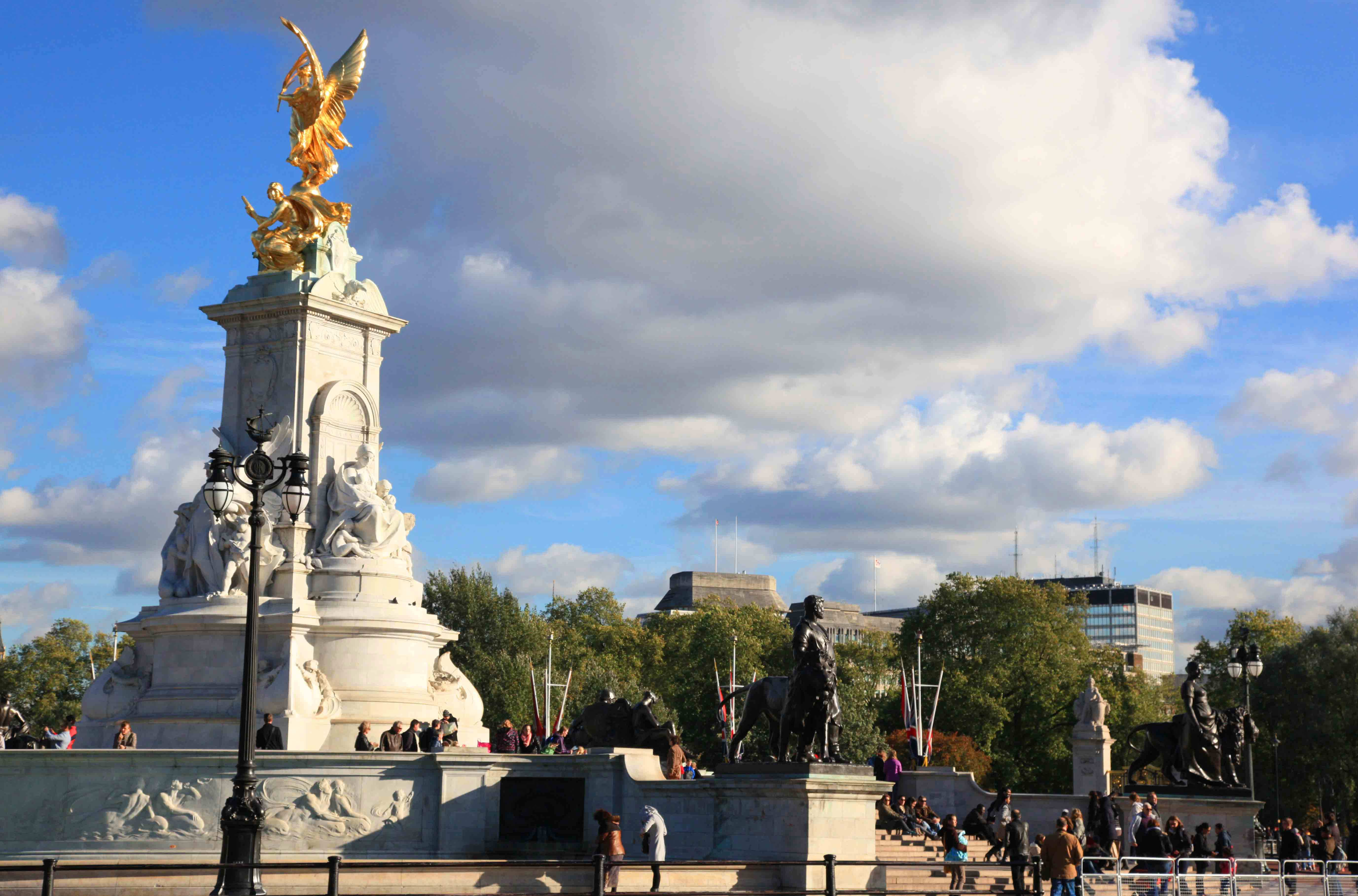 London City Tours Contact Number