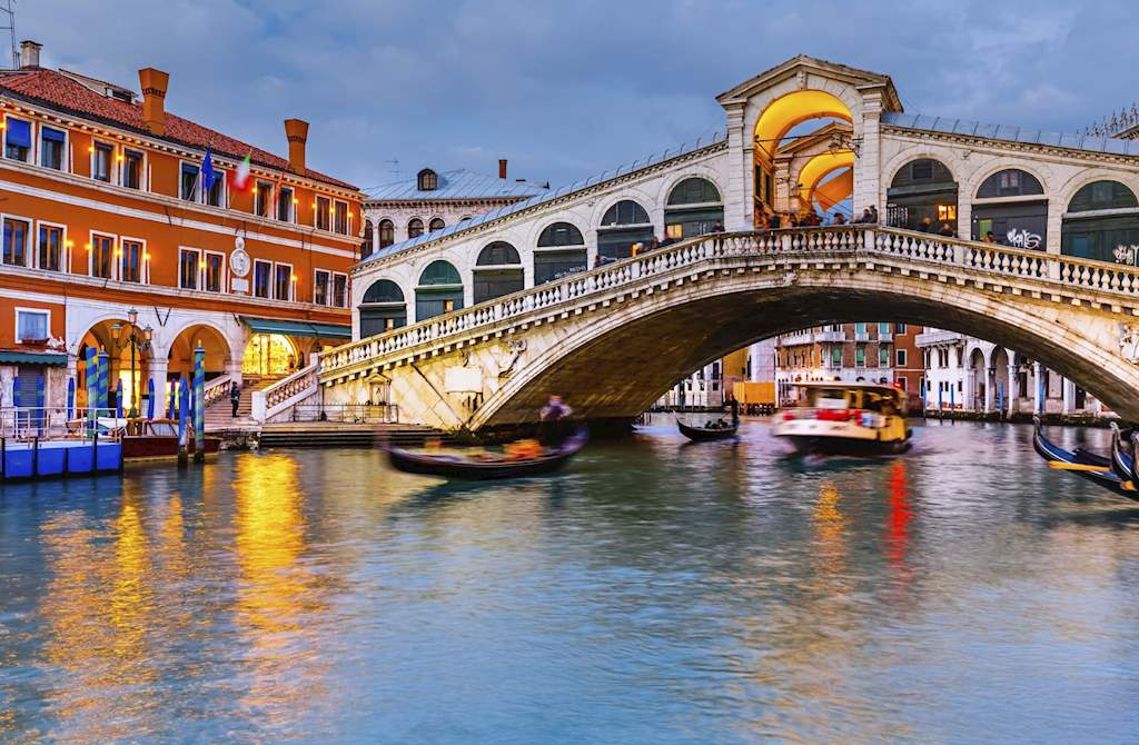 Rialto Bridge Cloudy