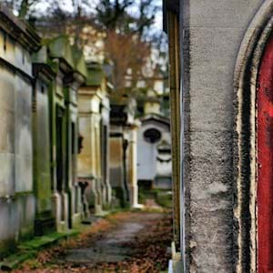 Pere Lachaise Red Door