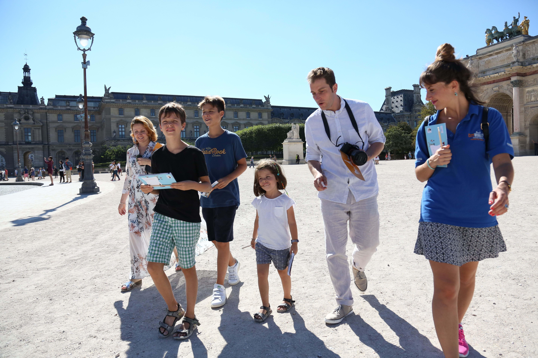 louvre museum paris family tour u0026 tickets city wonders