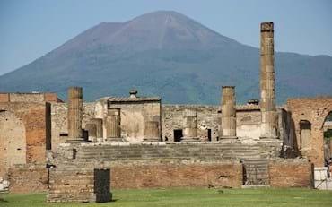 pompeii temple