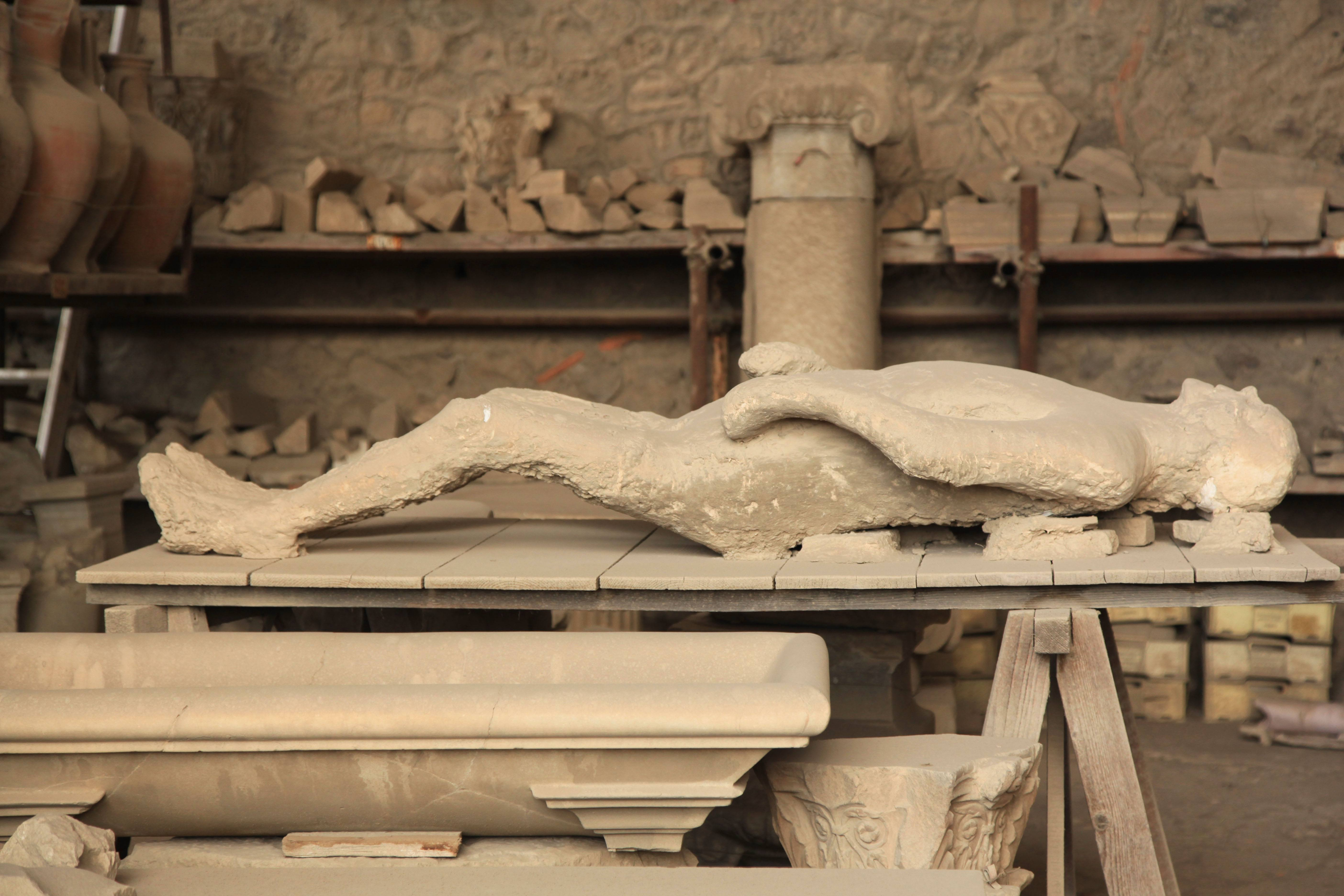 the demise of pompeii Knowing the architecture and ancient ruins is just a short visit from naples, we joined the 'best of from walks of italy's collection of pompeii tours.