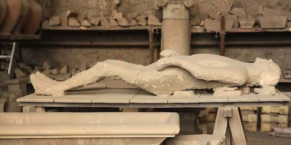 pompeii death cast close up