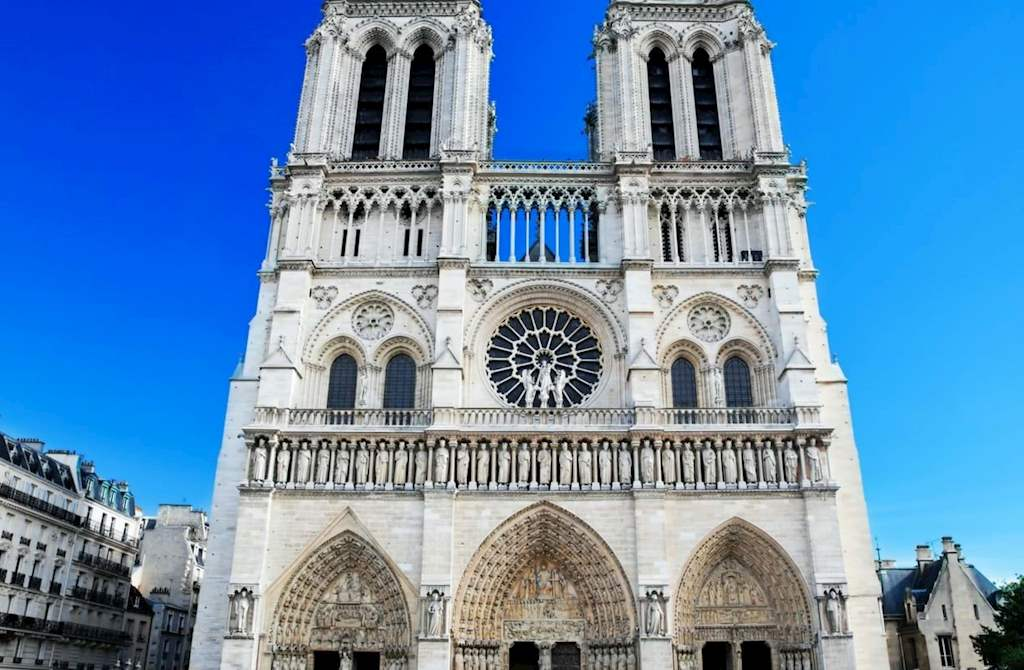 Notre Dame Front View