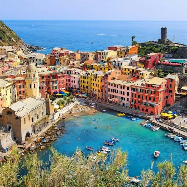 Pan Shot Vernazza