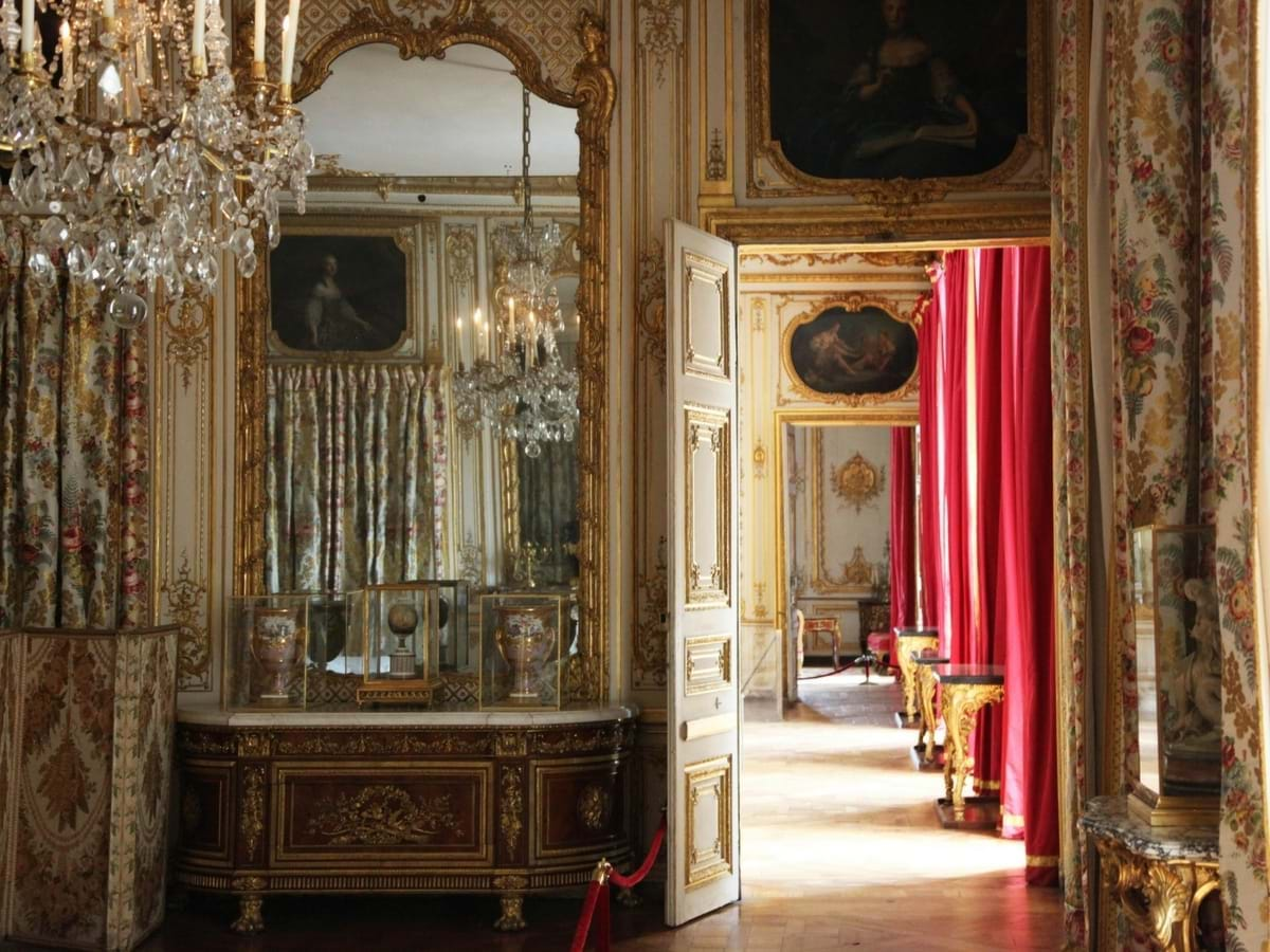 Palace Of Versailles Family Tour From Versailles City