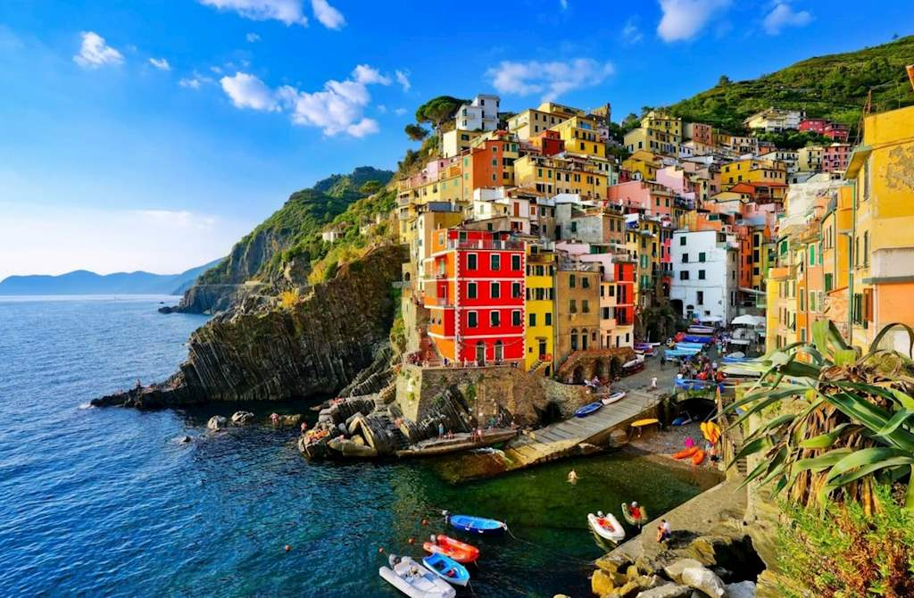 how to get from milan to cinque terre italy