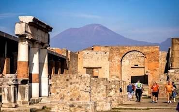 Pompeii Ruins Vesuvius