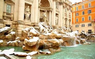 Trevi Fountain Snow