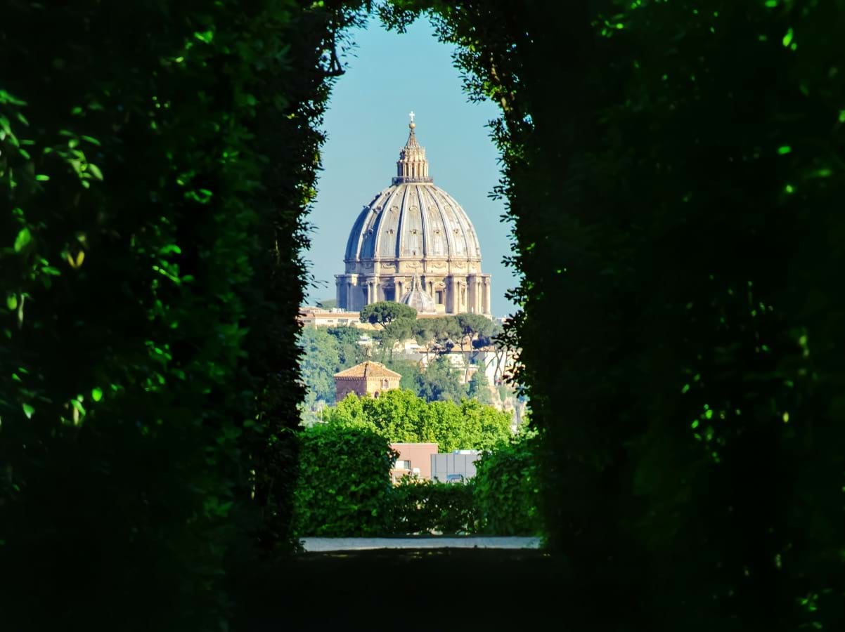 St Peter's Basilica through the Aventine Keyhole, Aventine Hill